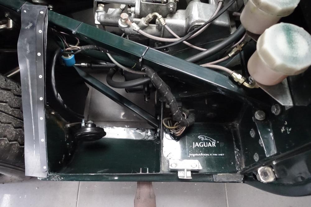Jaguar E type FIA 22.JPG
