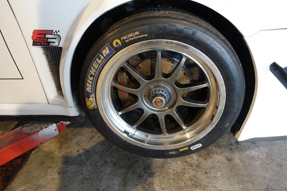 PORSCHE GT3R 72