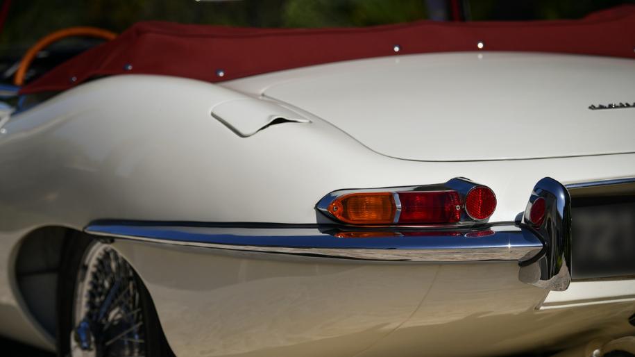 jaguar e type roadster 1961 for sale 75.