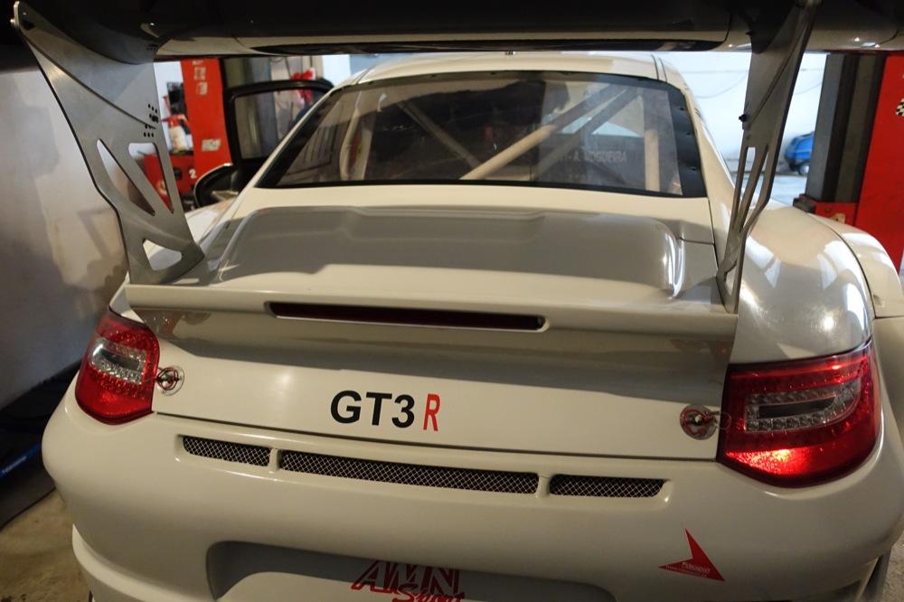 PORSCHE GT3R 75