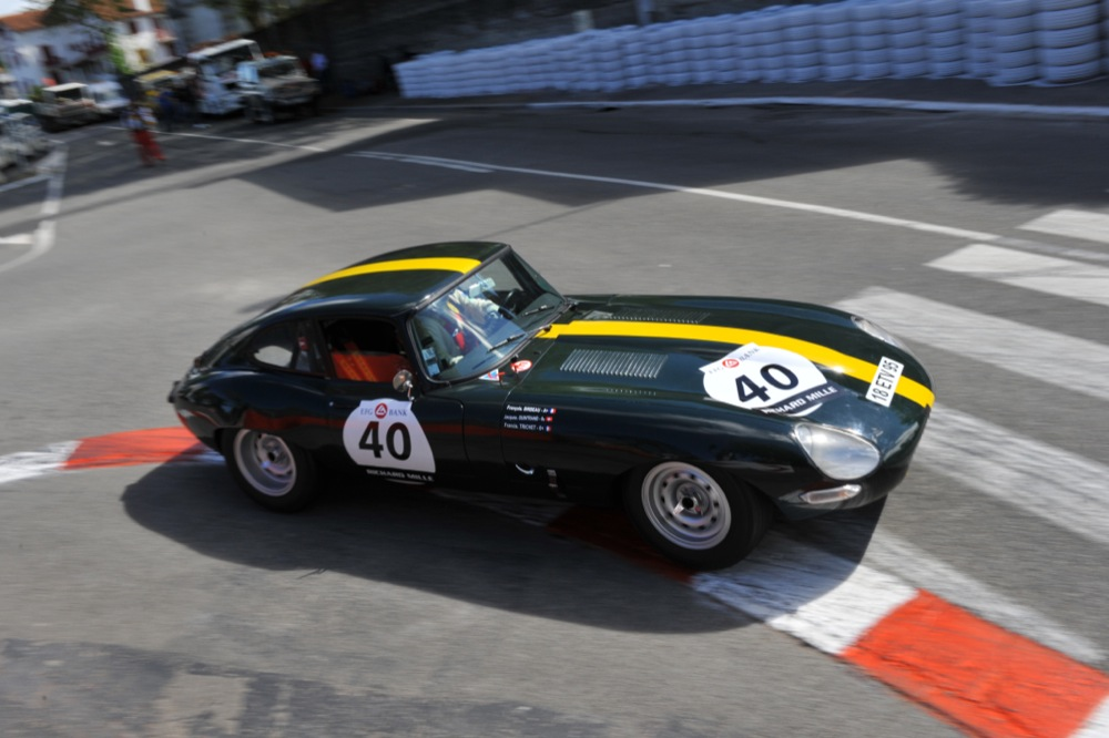 JAGUAR E TYPE COUPE FIA GREEN 9.JPG