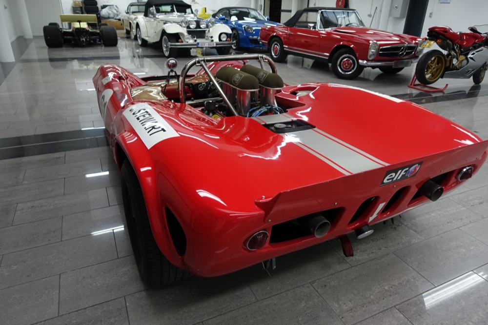 LOLA T70 MK1 FOR SALE 5.JPG
