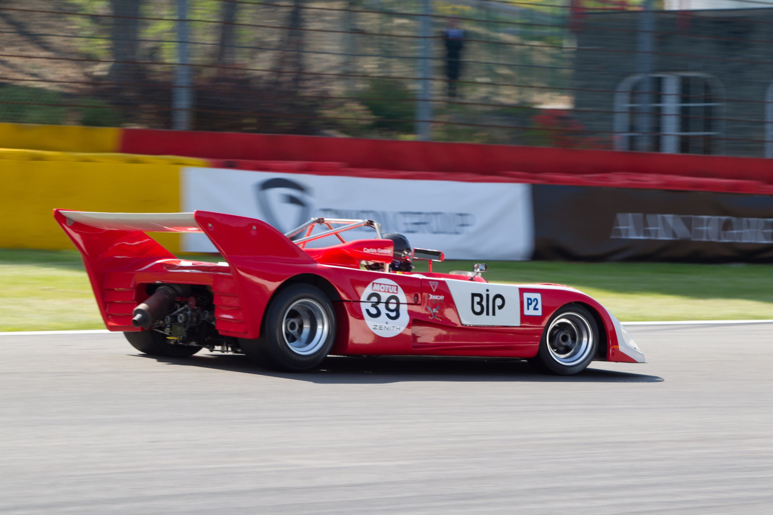LOLA T292 HU 64 for sale Ascott Collection 11.jpg