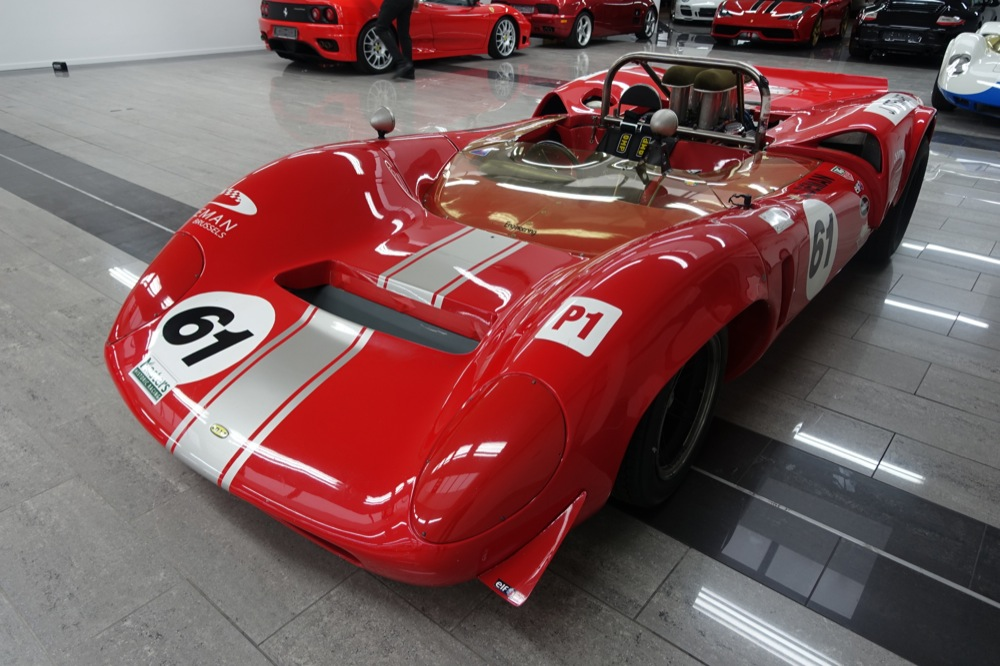LOLA T70 MK1 FOR SALE 4.JPG