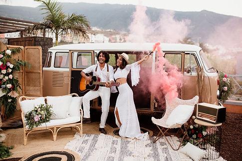 Boho Wedding in Tenerife with a camper van, Licandro Weddings, wedding planners in tenerife