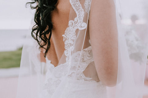 Tenerife bride, wedding dress Tenerife, wedding planners in Tenerife Licandro Weddings