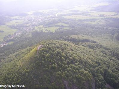 Gipfel_von_Klíč,_in_Hintergrund_Svor.jpg