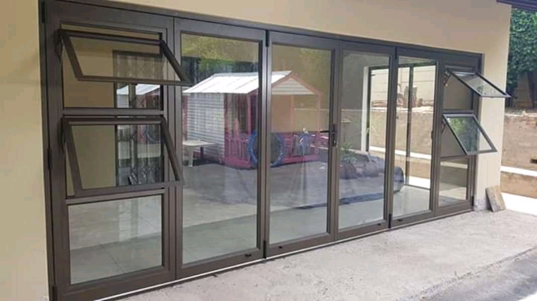 Folding Door with Sidelite
