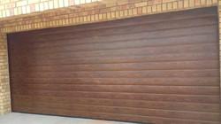Horizontal Woodlook Steel Garage Door
