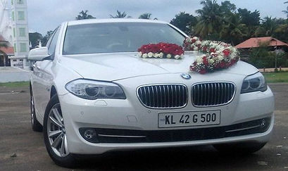 Wedding Cars in Koduvally, Luxury Cars for Rent in Koduvally, wedding car rental Koduvally, Bus rental for wedding in Koduvally, luxury cars for wedding in Koduvally