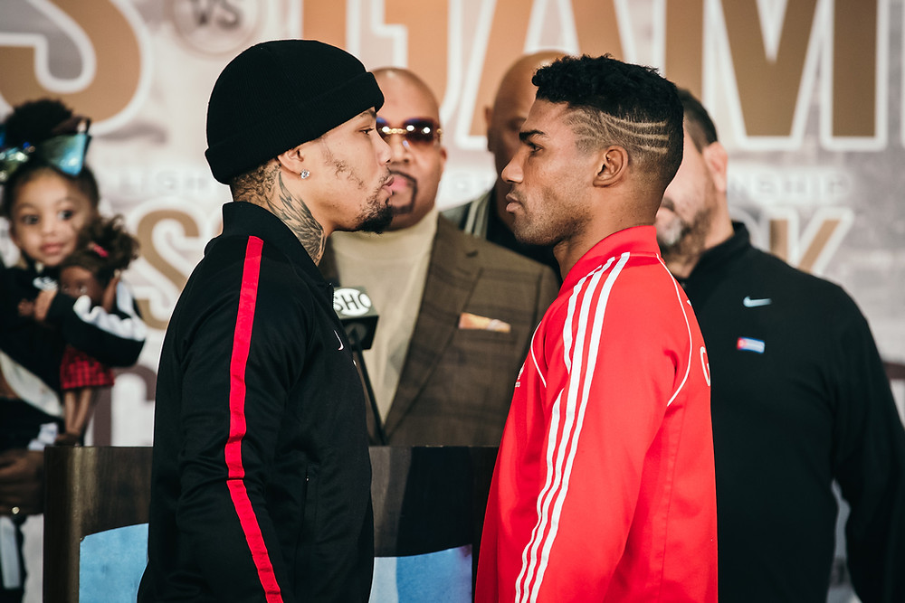 Davis vs Gamboa Faceoff Photo Credit: Amanda Westcott/ShoSports