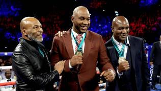 (Video) WBC Honors Heavyweight Royalty
