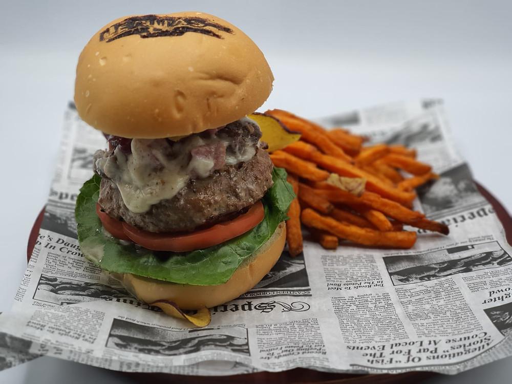 Gaucho Burger, Leñas Pizza Bar & Grill