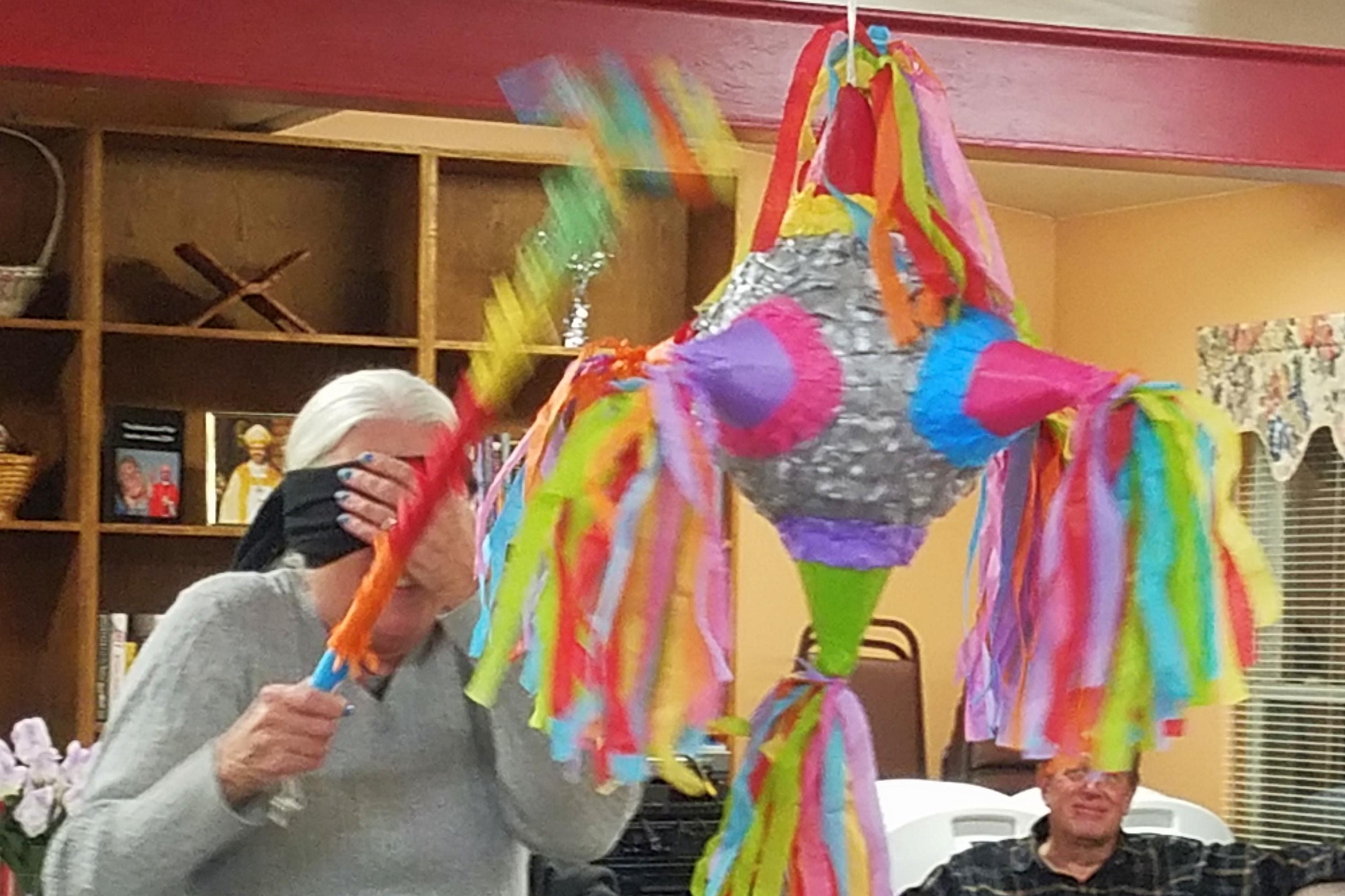 2017-January-3 Kings Party-Pinata-6