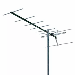 Hobart Antenna Install 03mm-MatchMaster VHFdr3010 10 Element VHF Yagi antenna  Receives Channels 6-12  4G LTE 652MHz low pass filter  12.7mm Heavy duty extruded elements for maximum strength and durability  9.5dB Maximum gain