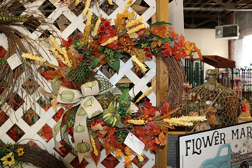 Fall grapevine wreath w/leaves and wheat