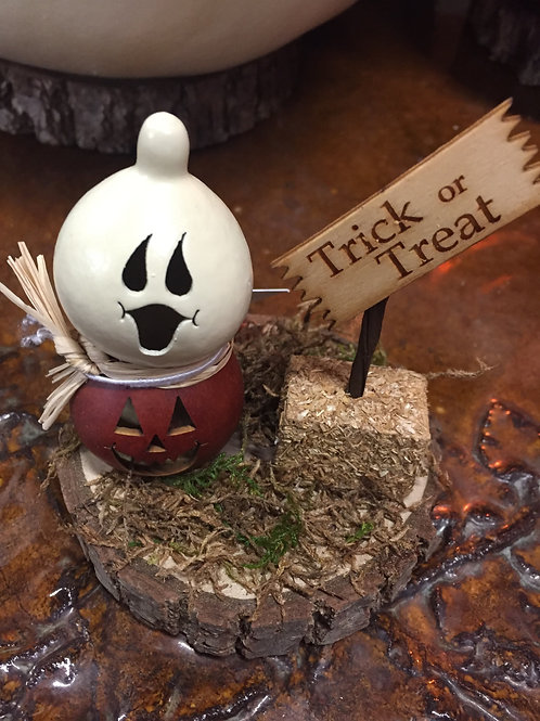 Meadowbrooke Gourd-Trick or Treat-small