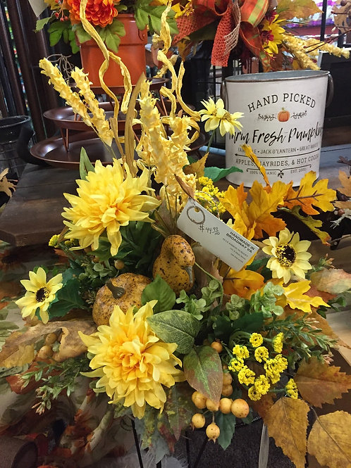 Fall Table Arrangement w/yellow dahlia + sunflowers