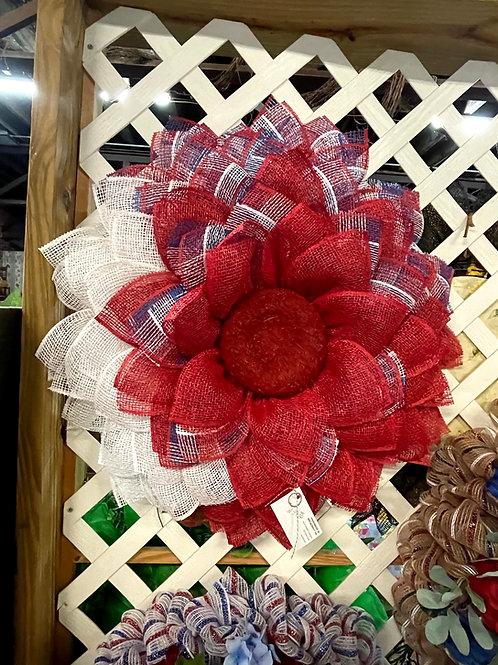 Geo mesh Americana wreath