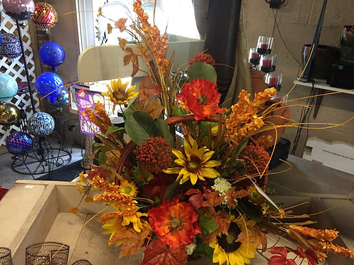 Fall Table Arrangement in large oval basket