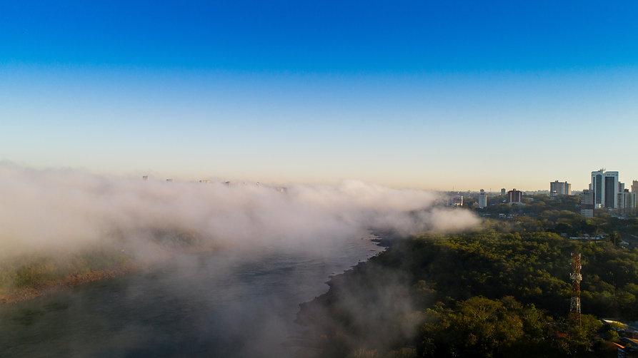 Neblina_Rio_Paraná_-_Foto_Marcos_Labanc