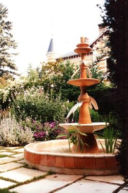 Fontaine-Dini-4