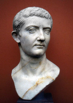 Busto-Tiberio-joven.jpg