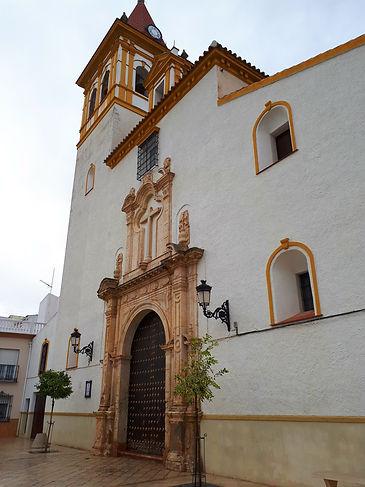 iglesia fuera 2.jpg