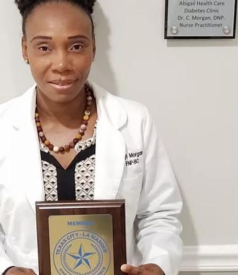 Dr_Morgan_Award_edited.webp