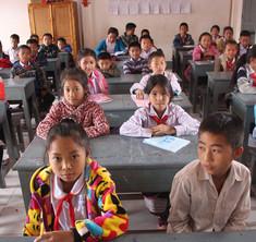 Children learning English in school