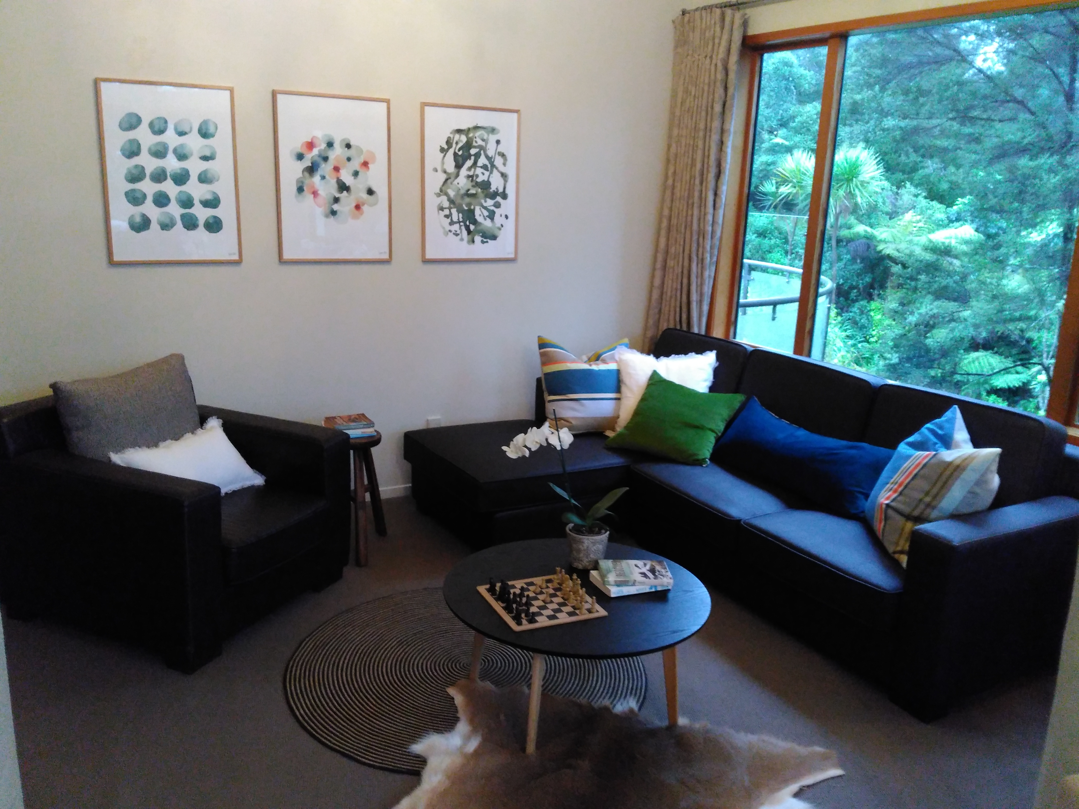 Formal lounge corner