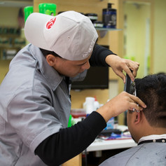 Barber-in-action.jfif