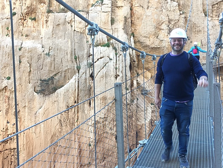 Hiking ´El Caminito del Rey´ - The scariest footpath in Spain! When in Spain Ep.26
