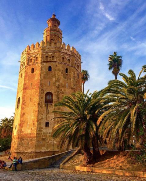 La Torre de Oro, Seville