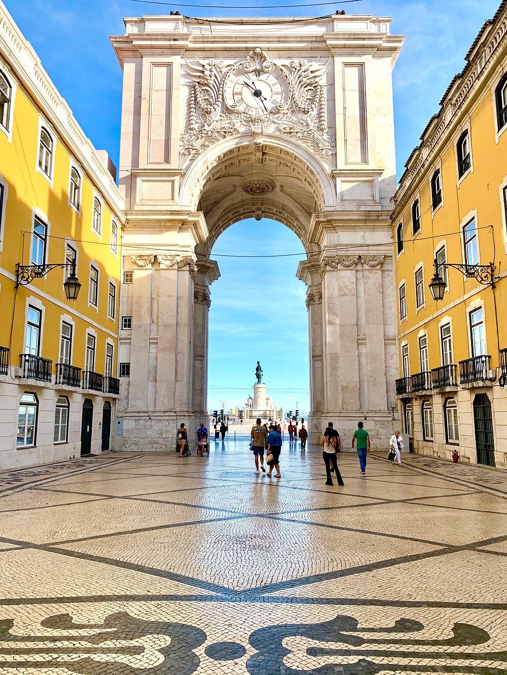 Arco da Rua Augusta leading to Praça do Comércio