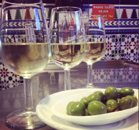 Sherry and olives in Vejer