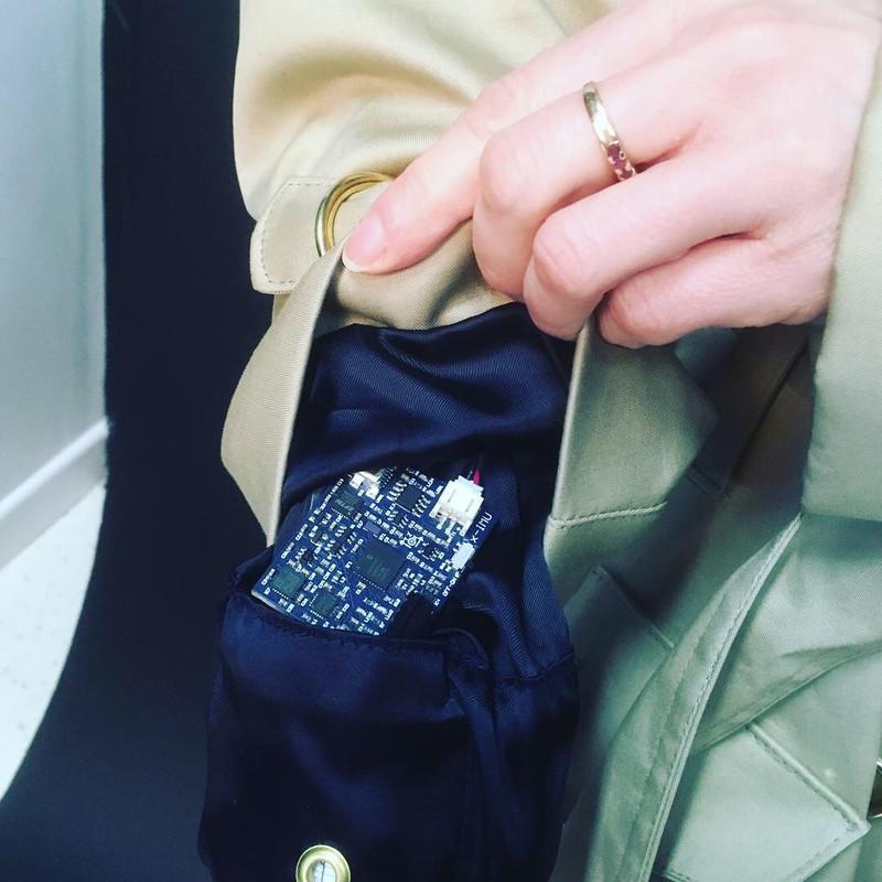 gyro detail in sleeve.JPG
