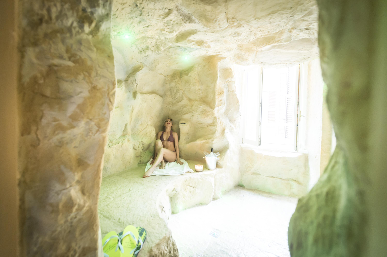 iZen Grotto Spa