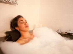 Spa bath with chromotherapy