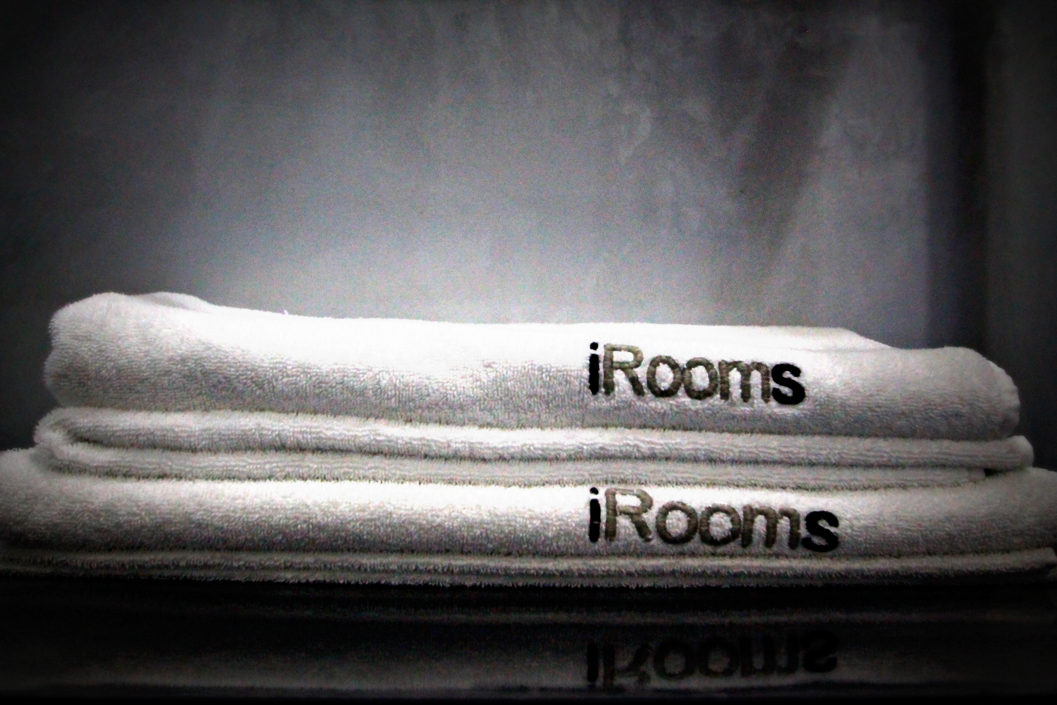 iRooms bath linen