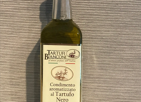 Olivenöl mit schwarzem Trüffel