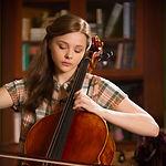 Cellounterricht mit langjährig erfahrener Lehrkraft in der Musikchule Niebüll. Die beste Möglichkeit, Cello zu lernen in Niebüll, Leck, Risum-Lindholm und Süderlügum.