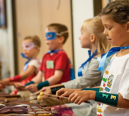 Die musikalische Frühförderung für Kindergarten-Riesen und Grundschüler. Die beste Vorbereitung zum Erlernen des ersten eigenen Instruments.