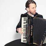Akkordeonunterricht in der Musikschule Niebüll: Spielerisch Akkordeon lernen - egal ob Anfänger oder Fortgeschritten, Kinder oder Erwachsene - wir bieten den Nr. 1 Unterricht in Niebüll, Leck, Risum-Lindholm und Süderlügum!