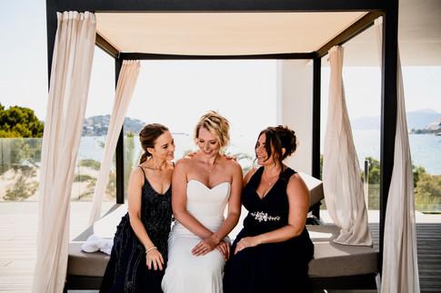 Bride her sisters, The H10 Hotel, Casa del Mar, Mallorca