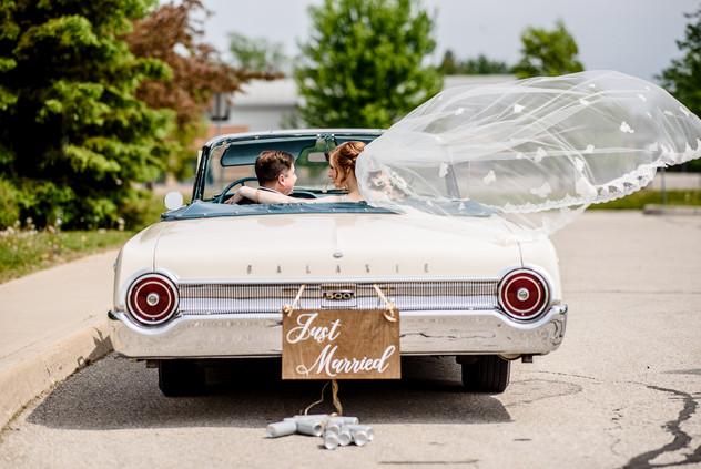 Tina & Bryce - vintage car 3.jpg