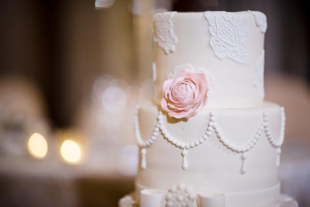 Tina & Bryce - cake.jpg