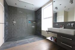 Modern-Shower-Design