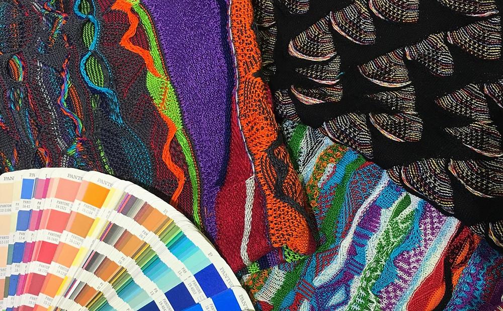 Elegant 3 dimensional knit