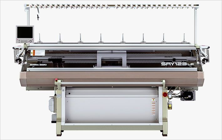 Computer knitting machine